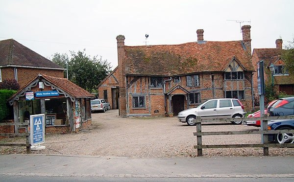 white-heather-garage