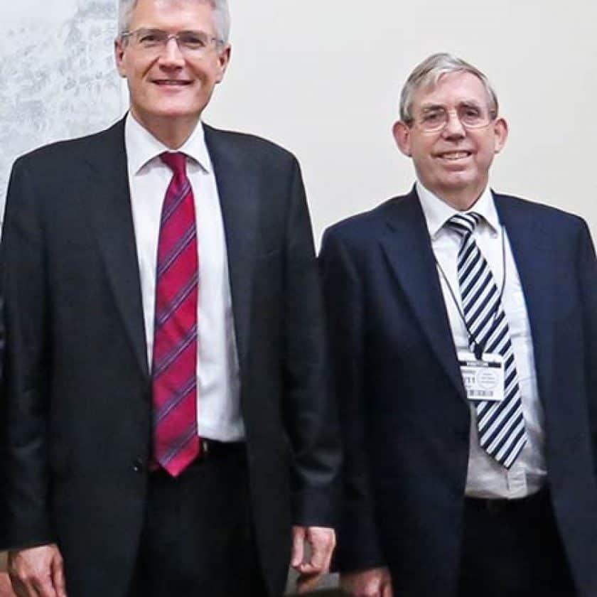MOT Forum Members Meet Minister